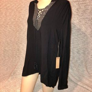 New true grit Black blouse size medium